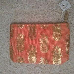 Shiraleah Valentina Pineapple Zip Case Cosmetic